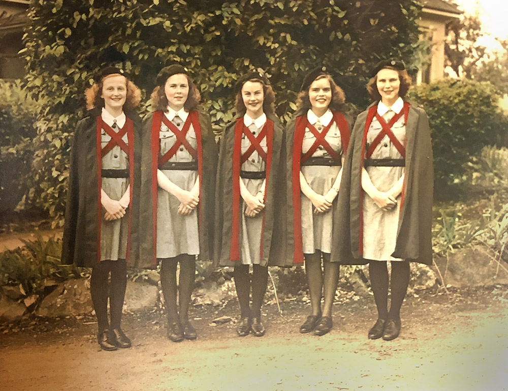 1947 - Trophy-winners in a Nursing Cadet competition.  From L to R: Louise Hamilton, Anne Teakle, Mary Butters (Capt.), Patsy Sennott and Marilyn Leigh